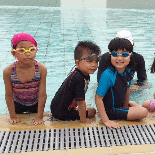 Kids-swimming-lesson at Sgswimkid