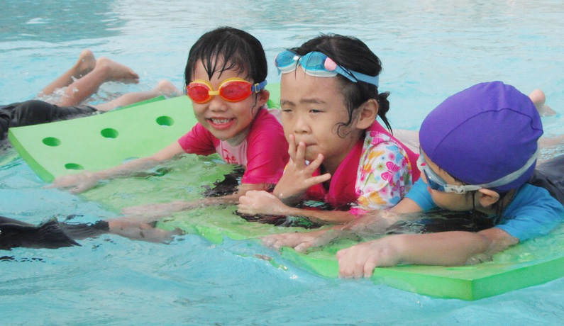 2017-swimming classes in Singapore